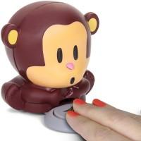 Opička na sušení nehtů