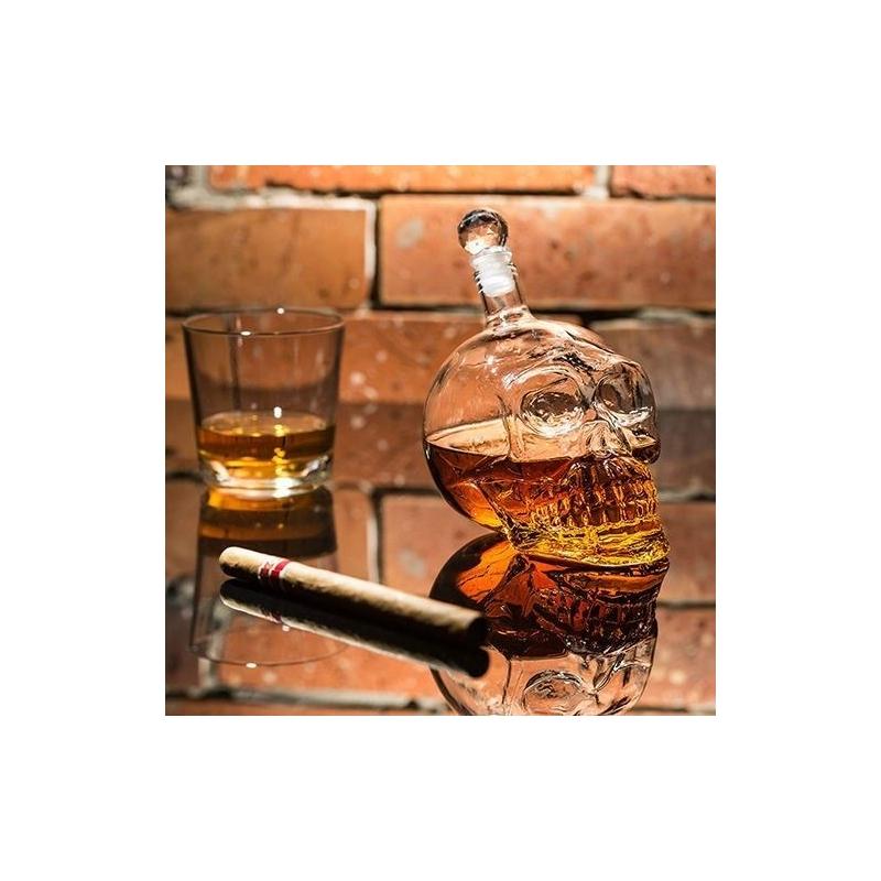 Skleněná lebka na alkohol 0,4l